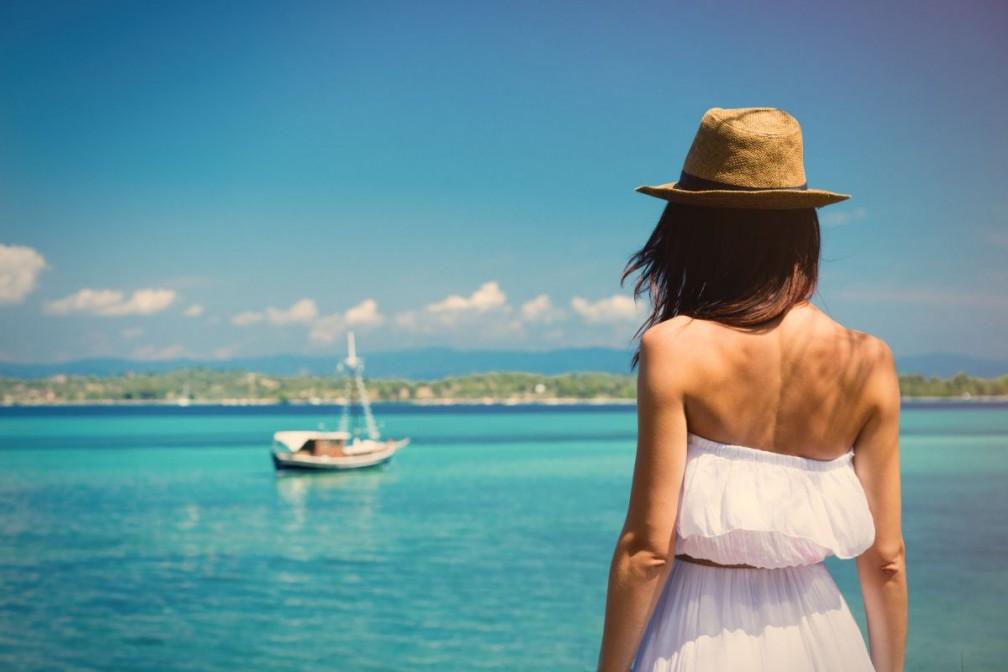 młoda kobieta w grecji